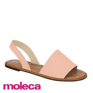 Essa sandália raseirinha da moleca é ideal para estações mais quentes