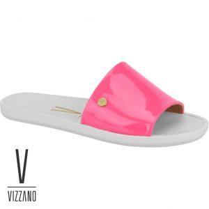 Esse modelo Slide da Vizzano conta com visual moderno e delicado