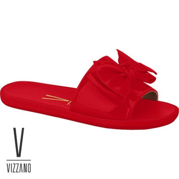 o que completa o charme do calçado. O solado é de borracha e a palmilha é macia
